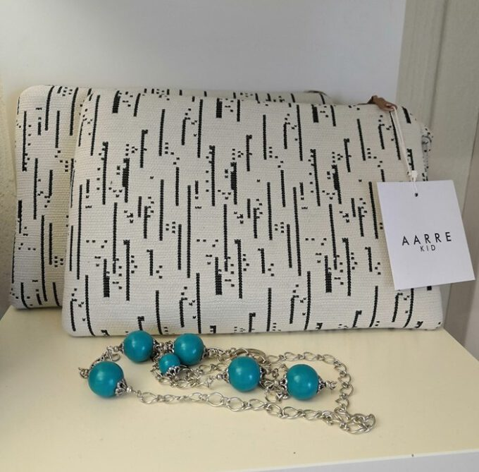 Aarre Bea cluthc bag
