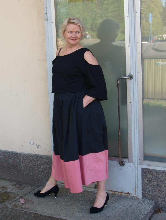 Tauko Panel maxi pants coal