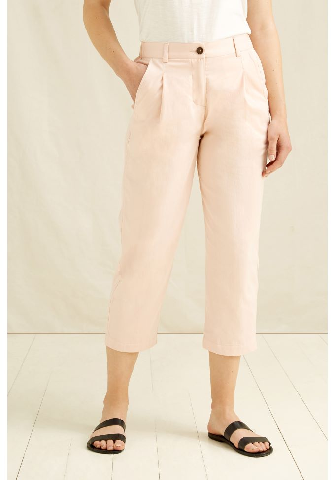anwen-cropped-trousers-in-pink-5d00a44c7d5c_koko