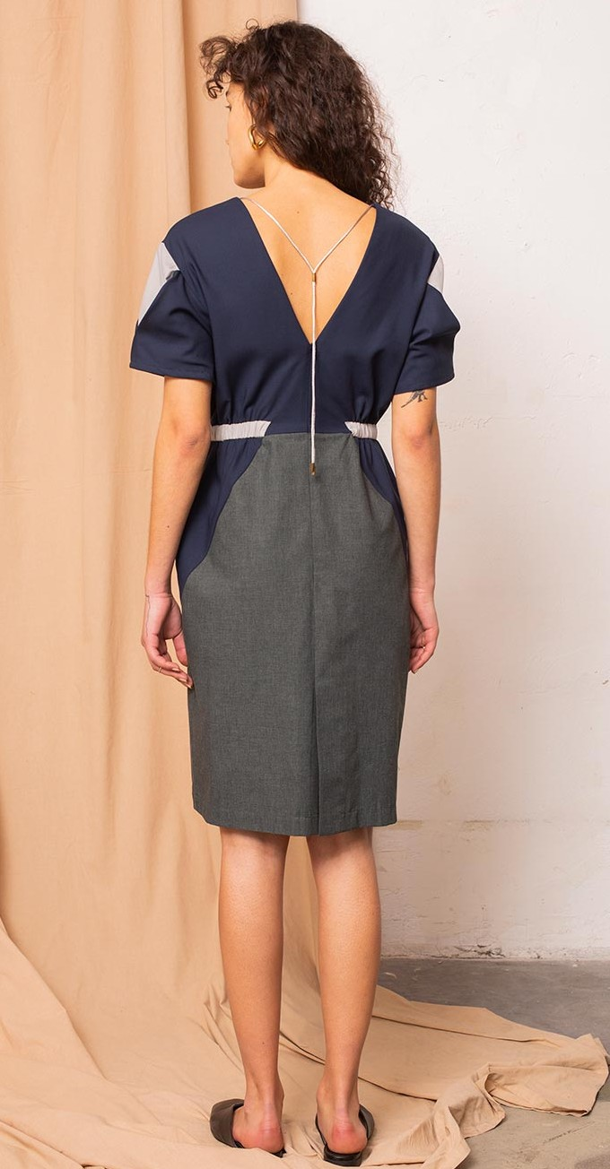 Tauko_Geo dress marine