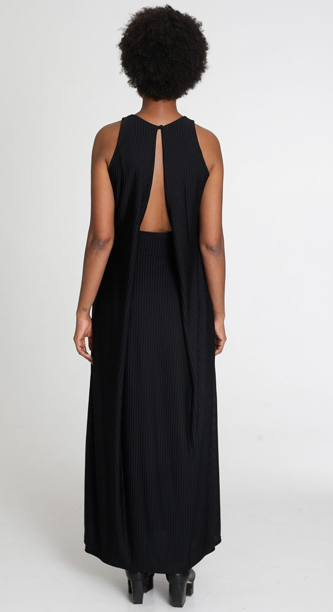 auko_Volcano Maxi Dress Black-1