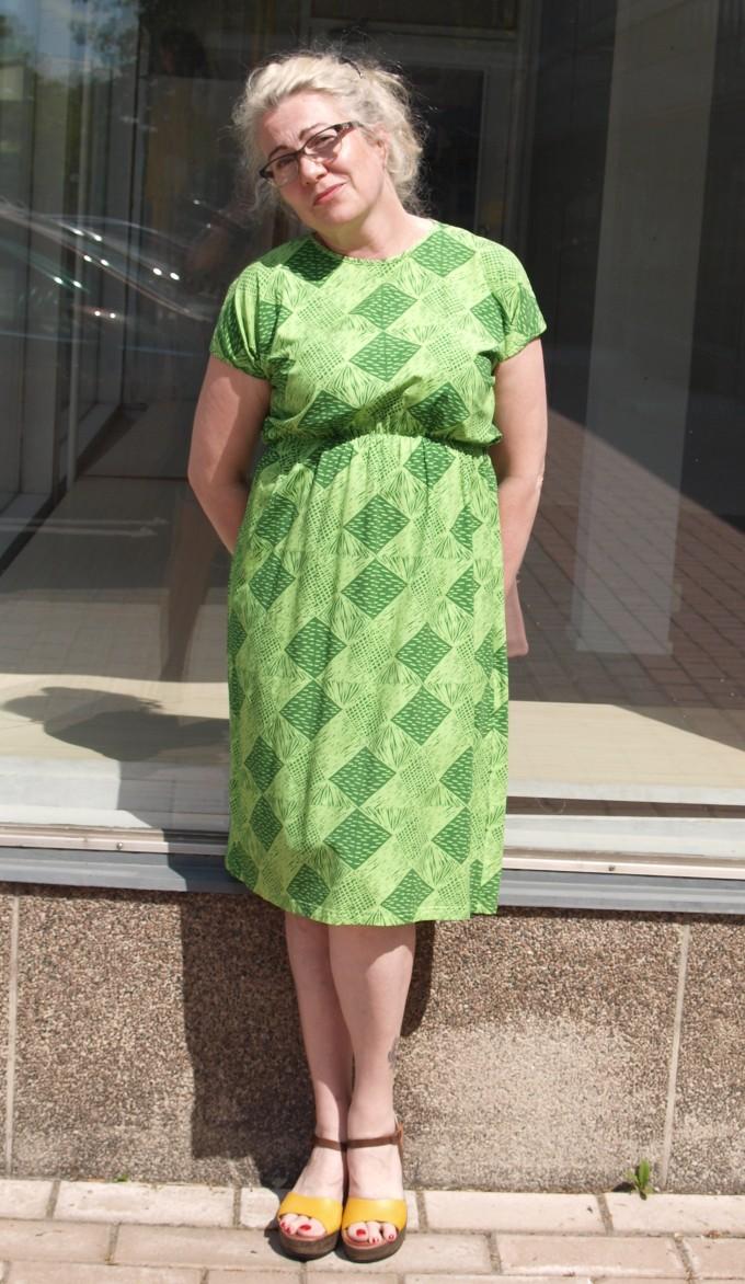 Vimma vihreä mekko